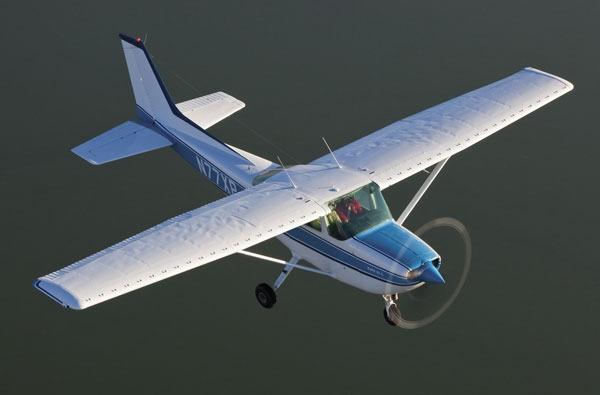 Cessna's In-between Single – The R172K Hawk XP