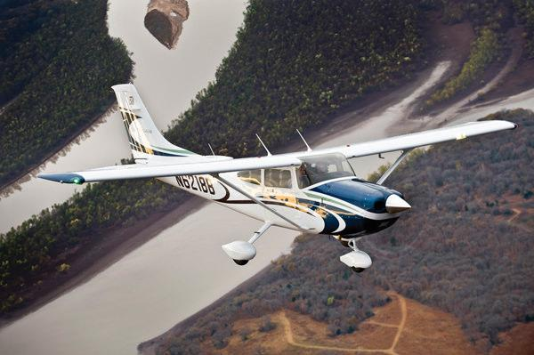 Cessna Flyer Association - Flying the Cessna 182