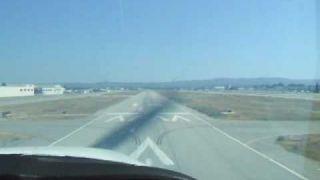 Cessna 172 Very cool and amazing. crosswind landing.