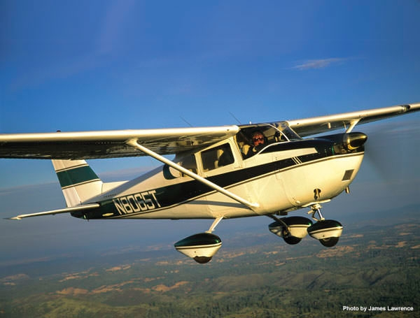 Big-airplane Features for a Small-airplane Price: The Cessna 175
