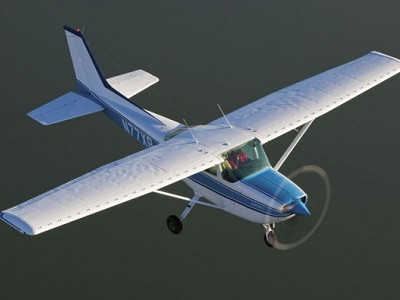 Cessna's In-between Single – The R172K Hawk XP